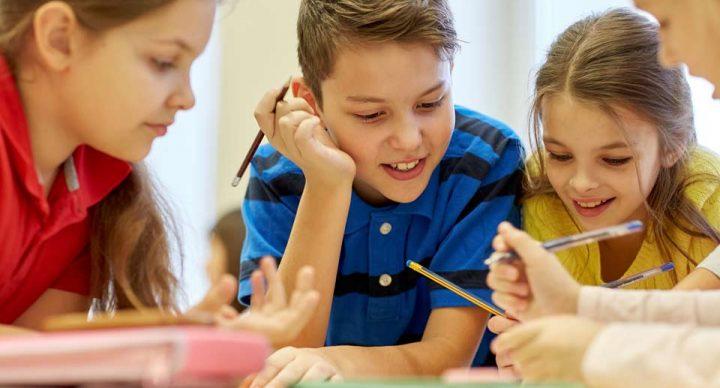Program badań przesiewowych słuchu dla uczniów klas pierwszych szkół podstawowych.