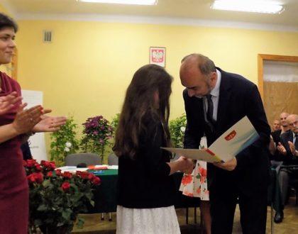 Stypendia i nagrody Burmistrza za rok szkolny 2015/2016
